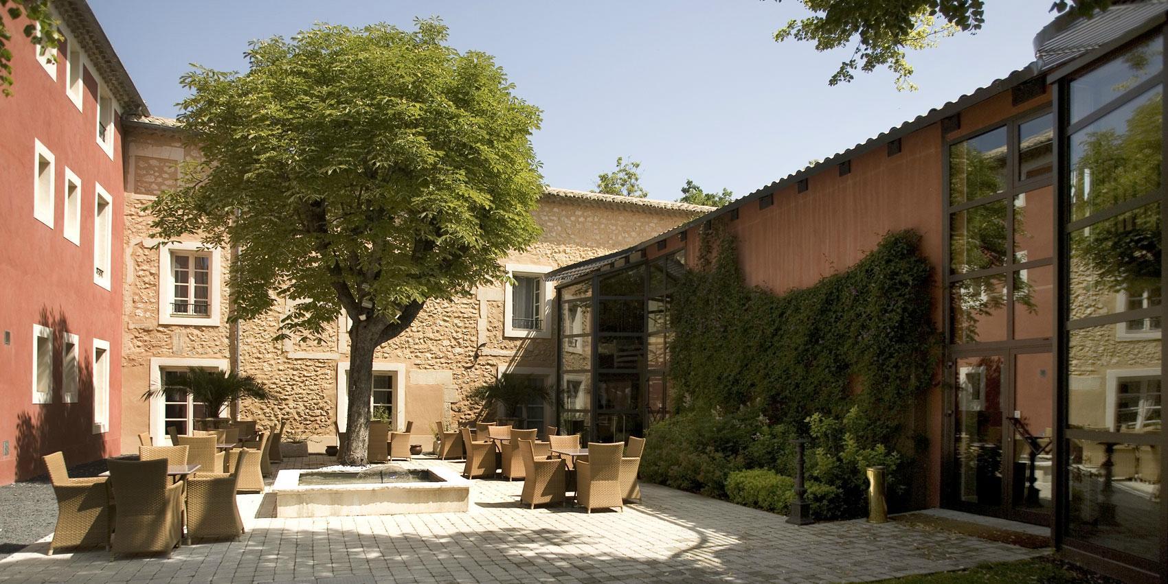 S journer saint paul trois ch teaux vins grignan les - Petit jardin hotel san juan saint paul ...